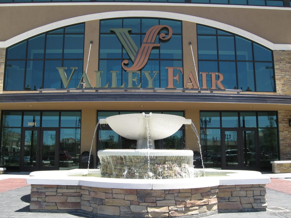 The entrance of Valley Fair Mall.